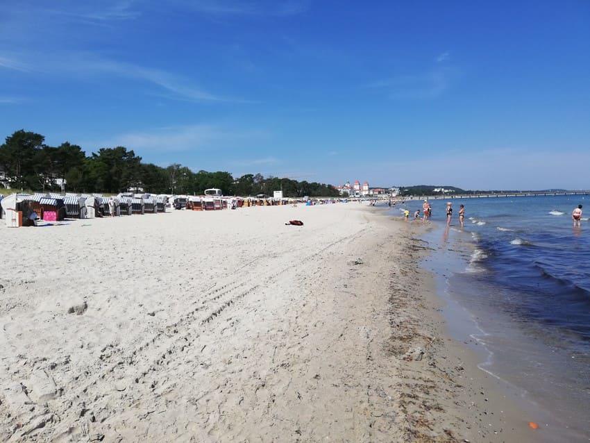 Der Binzer Strand im Sommer