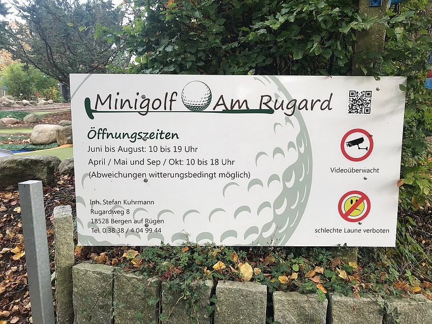 Miniature golf at the Rugard Info Panel