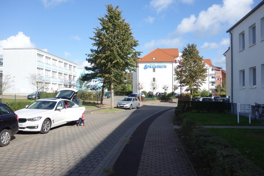 Parking in the ring road in BINZ, close to train station