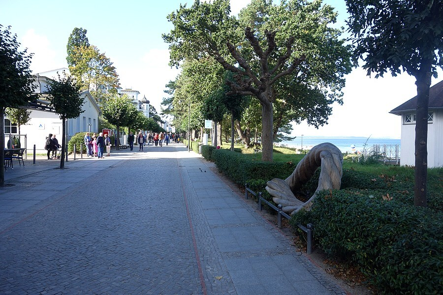 The Binzer promenade is often sheltered.