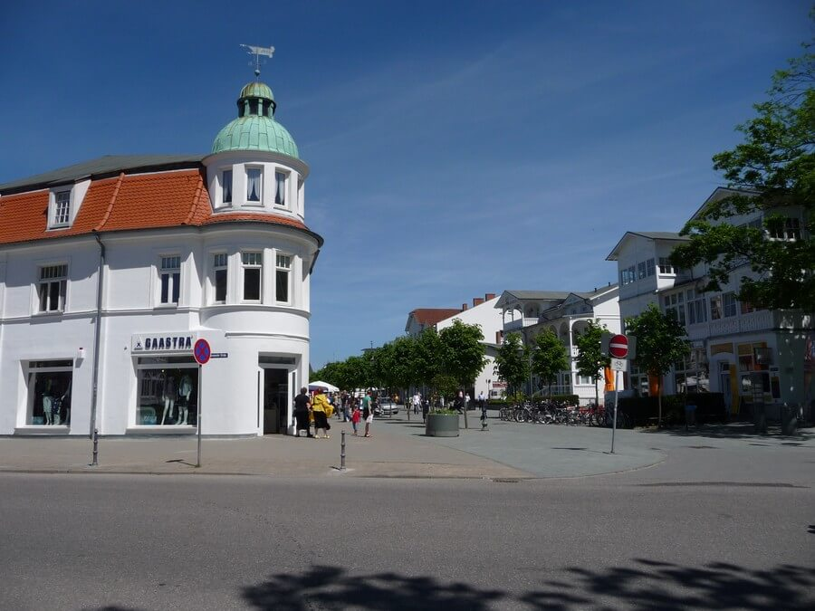 Main Street in BINZ