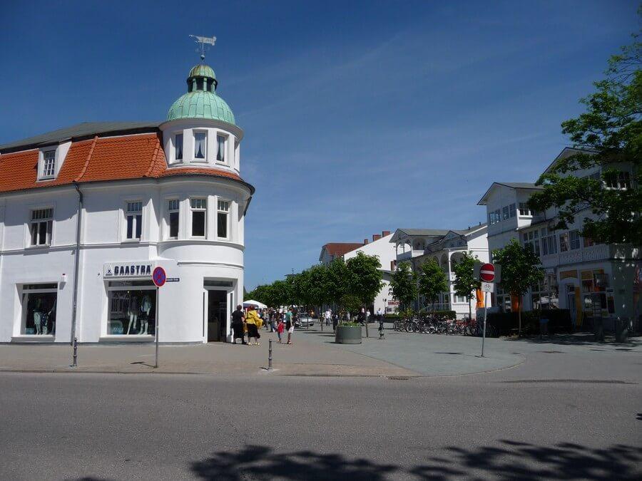 Main Street in BINZ