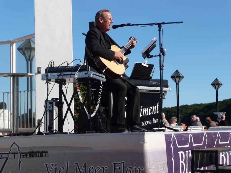 Live Konzert auf dem Kurplatz Binz