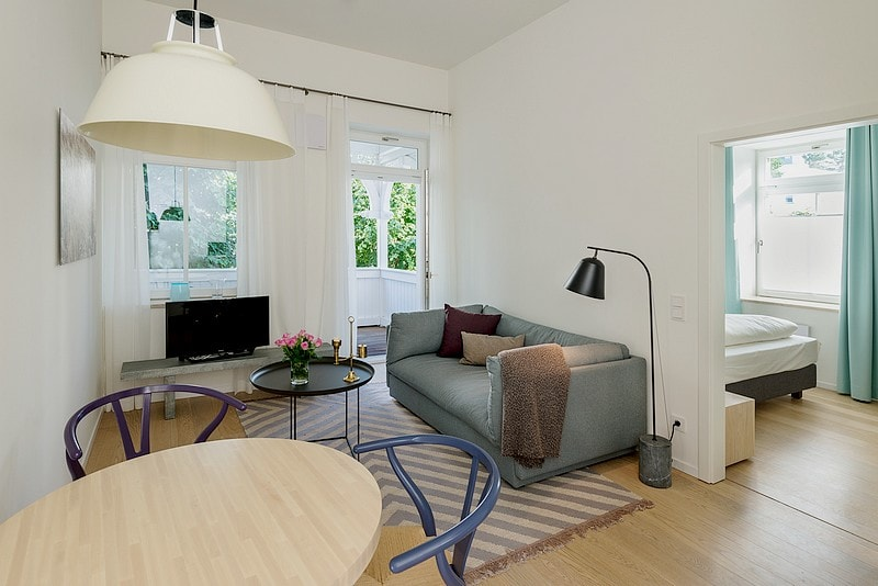 Residential- and dining area apartment 01