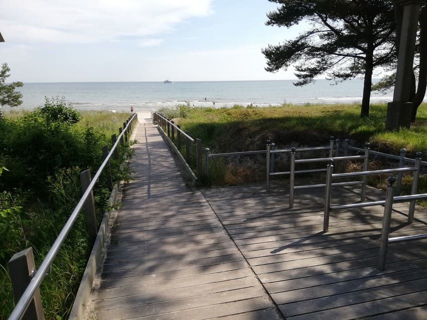 Almost every beach entrance in Binz has bicycle racks